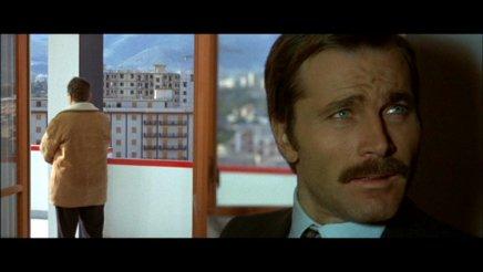 Test dvd confession d 39 un commissaire de police au - Grille indiciaire commissaire de police ...