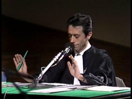 Le tribunal des flagrants délires : Interview de Luis Régo